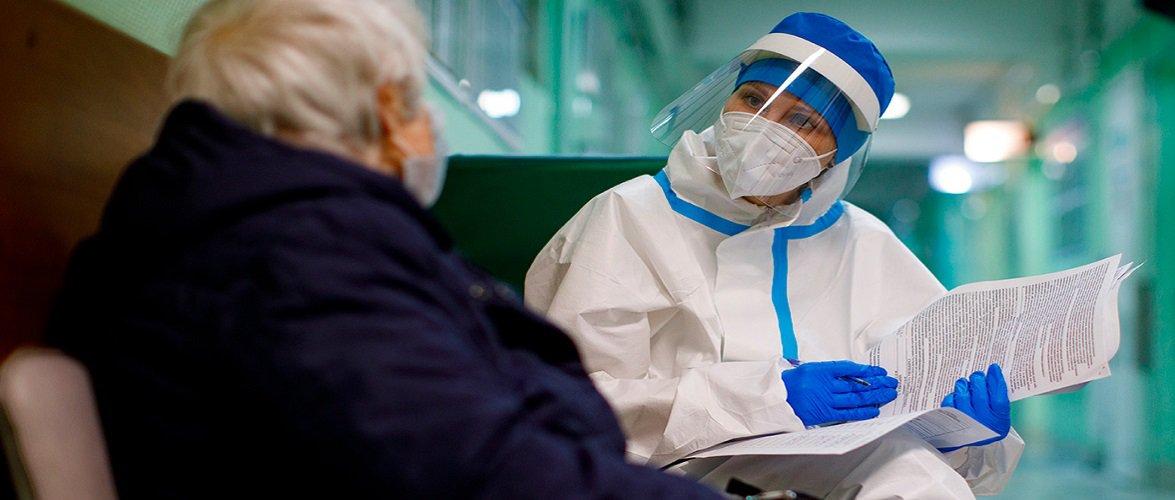В Польщі знову збільшилась кількість ковідних хворих: чи буде новий локдаун?