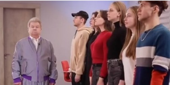 «Їдьте на Росію знімати такі тренди»: Поплавський у Тікток перевірив знання студентів з російських треків