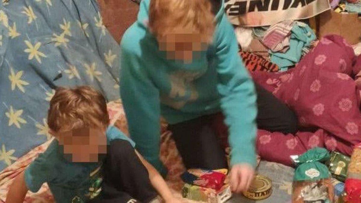 """""""Ми дуже голодні, а батьки не йдуть додому"""": у Львові діти викликали поліцію, поки рідні пиячили"""