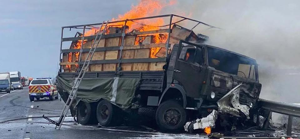 На Хмельниччині сталася ДТП з військовими: загинули троє людей. Фото