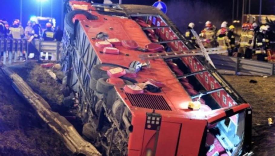 У Польщі рейсовий автобус з українцями потрапив у ДТП, загинуло 6 людей