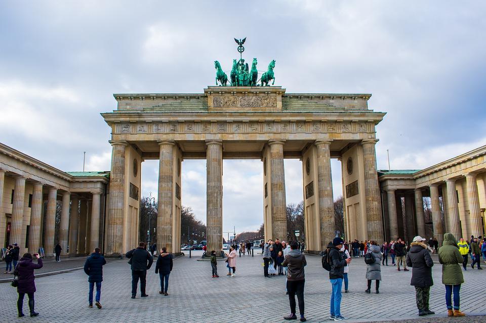 Німеччина з 8 березня послабила коронавірусні обмеження