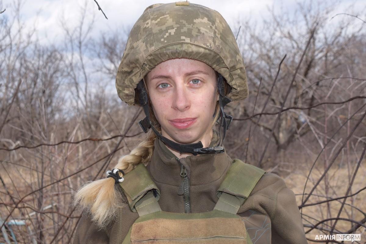 Трагедія під Шумами: бойовий медик гірських піхотинців під ворожим вогнем рятувала поранених