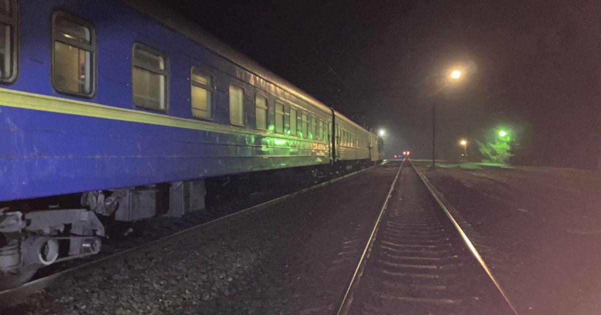 Бігав на даху потяга: у Одесі 14-річний підліток отримав ураження струмом і 90% опіків тіла