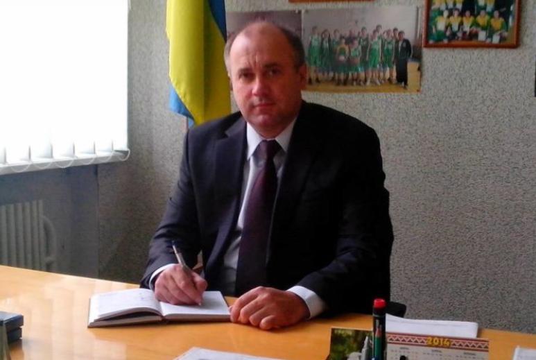 У Тернопільській області під час ЗНО помер директор школи