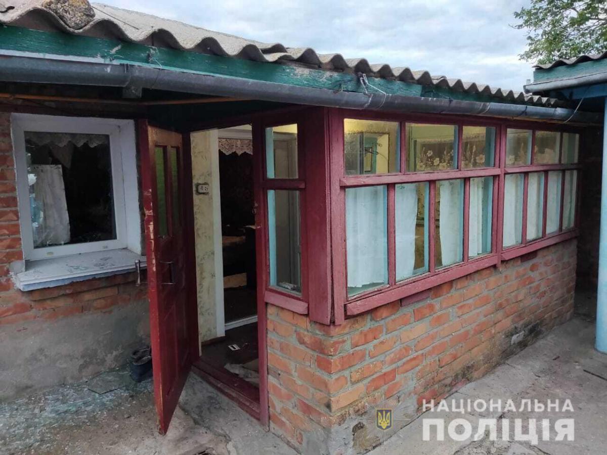 На Миколаївщині чоловік кинув гранату в будинок сусіду, який не дав йому наркотики (фото)