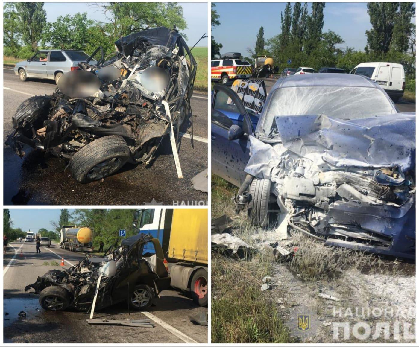 У ДТП на Миколаївщині загинули 2 людей: багато травмованих, серед них діти (фото)