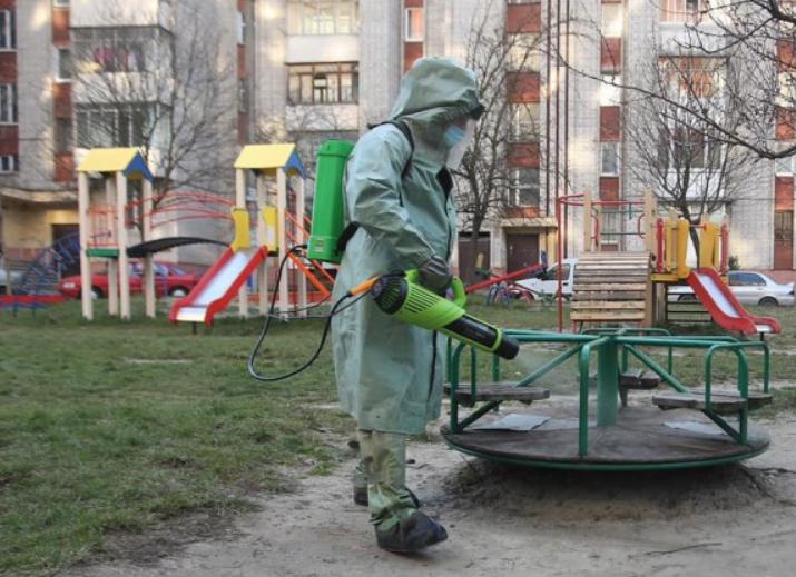 """Штам """"Дельта"""" в Україні: у ЦГЗ очікують підйому захворюваності з вересня"""