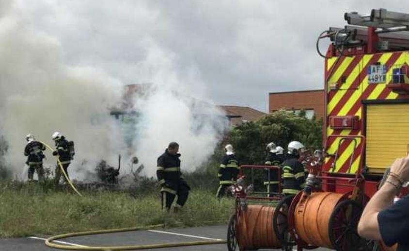 У Франції розбився літак з туристами: є загиблі