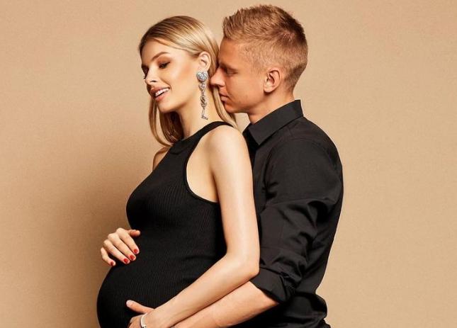 24-річний гравець Збірної України з футболу Олександр Зінченко готується стати татом. Фото
