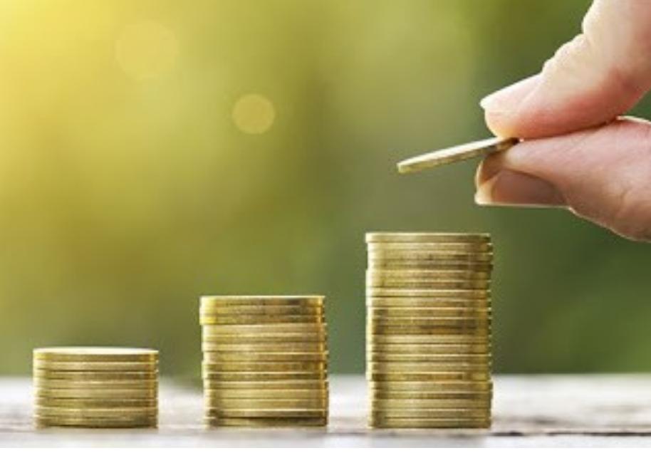 Українцям перерахують пенсії: хто отримає надбавку в 1650 грн
