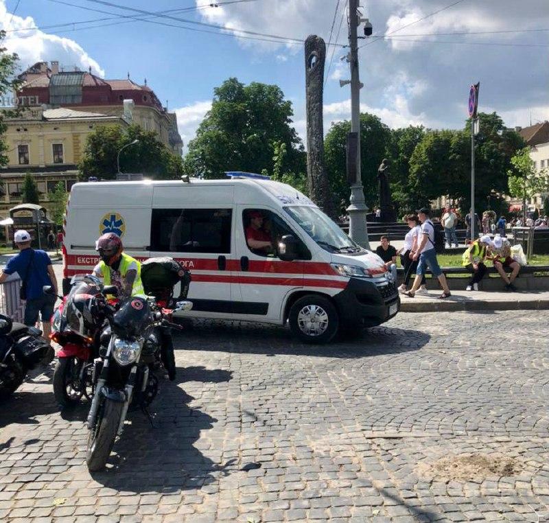 Не добіг 200 метрів: у Львові під час півмарафону раптово помер 23-річний хлопець
