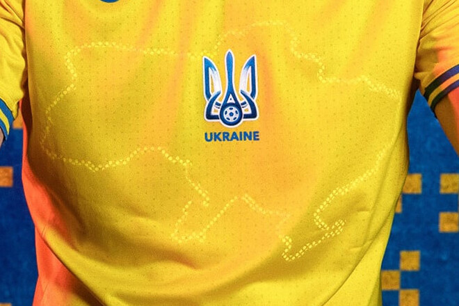 """Крим і """"Слава Україні"""" залишаються: УЄФА затвердив форму українських футболістів для Євро-2020"""