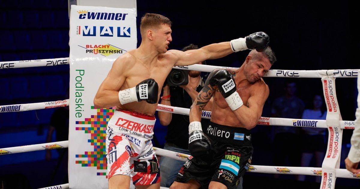 Непереможний український боксер в першому раунді жорстко забив аргентинця біля канатів (відео)
