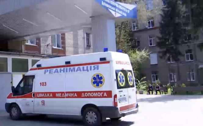 Вистрибнув з 14-го поверху: в Одесі хлопець розбився на смерть (відео)