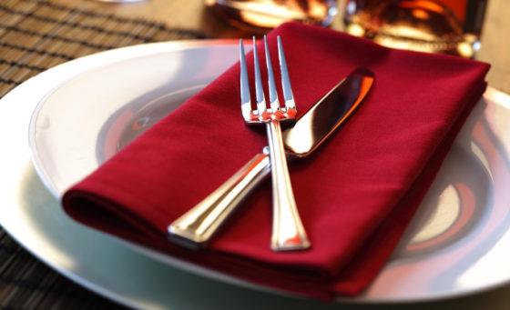 Корисно та цікаво: у Франківську провели майстер-клас із ресторанного етикету (ВІДЕО)