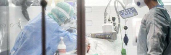 """""""Людям відрізають кінцівки, штам """"Дельта"""" почав давати найстрашніші ускладнення"""": лікарка про наслідки недуги (ВІДЕО)"""